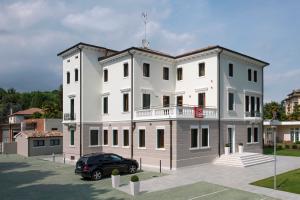 Villa Romivo (TV)