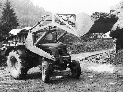 1960_erster hydraulischer Schaufelbagger.jpg